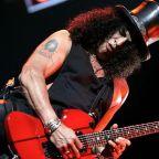 Conheça a história das selvagens guitarras B.C. Rich , utilizadas por  guitarristas como Slash e Joe Perry